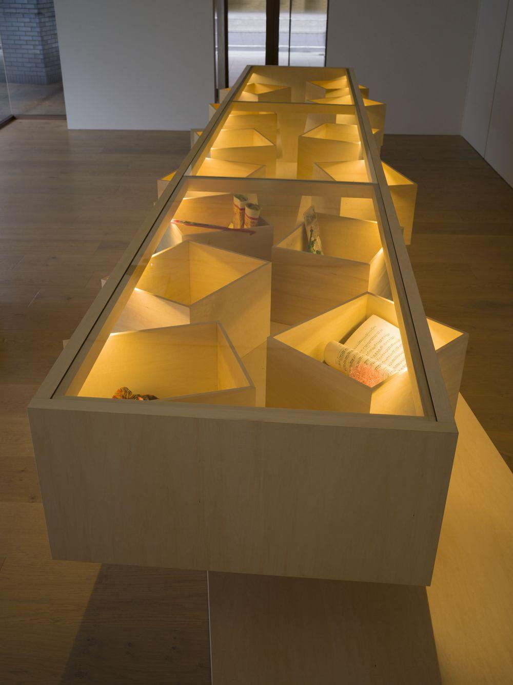 Artist:LEE Mingwei, Exhibition:The Tourist