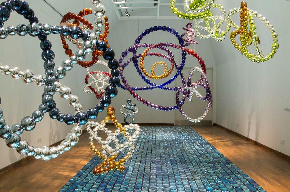 Artist:Jean-Michel OTHONIEL, Exhibition:Les Noeuds Mathématiques