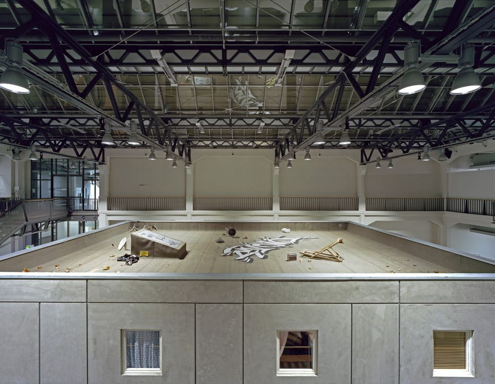 Artist:Elmgreen & Dragset, Exhibition:Celebrity - The One and the Many
