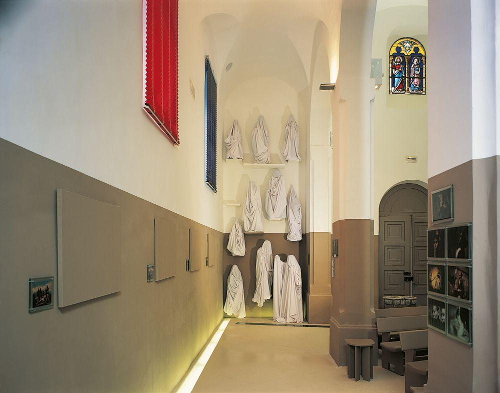 Artist:Claude RUTAULT, Exhibition:Eglise de Saint-Prim. Claude Rutault