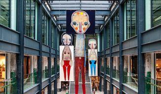Izumi KATO_Unconstrained Textiles: Stitching Methods, Crossing Ideas