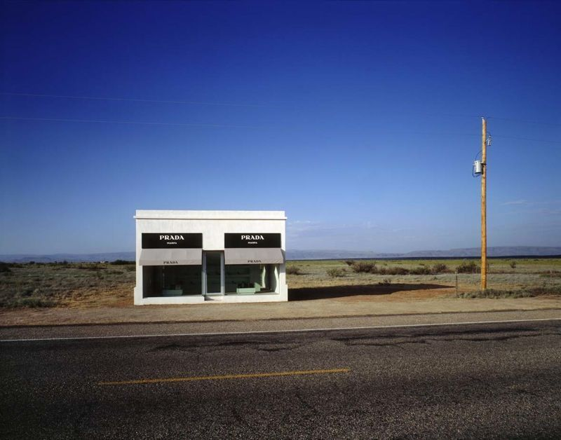 """View of the exhibition """"Prada Marfa"""" in 2005, photograph by James Evans"""