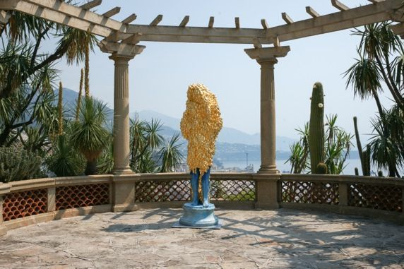 """Vue d'exposition """"The Nature of Clay"""", Jardins exotiques, Monaco, 2015"""
