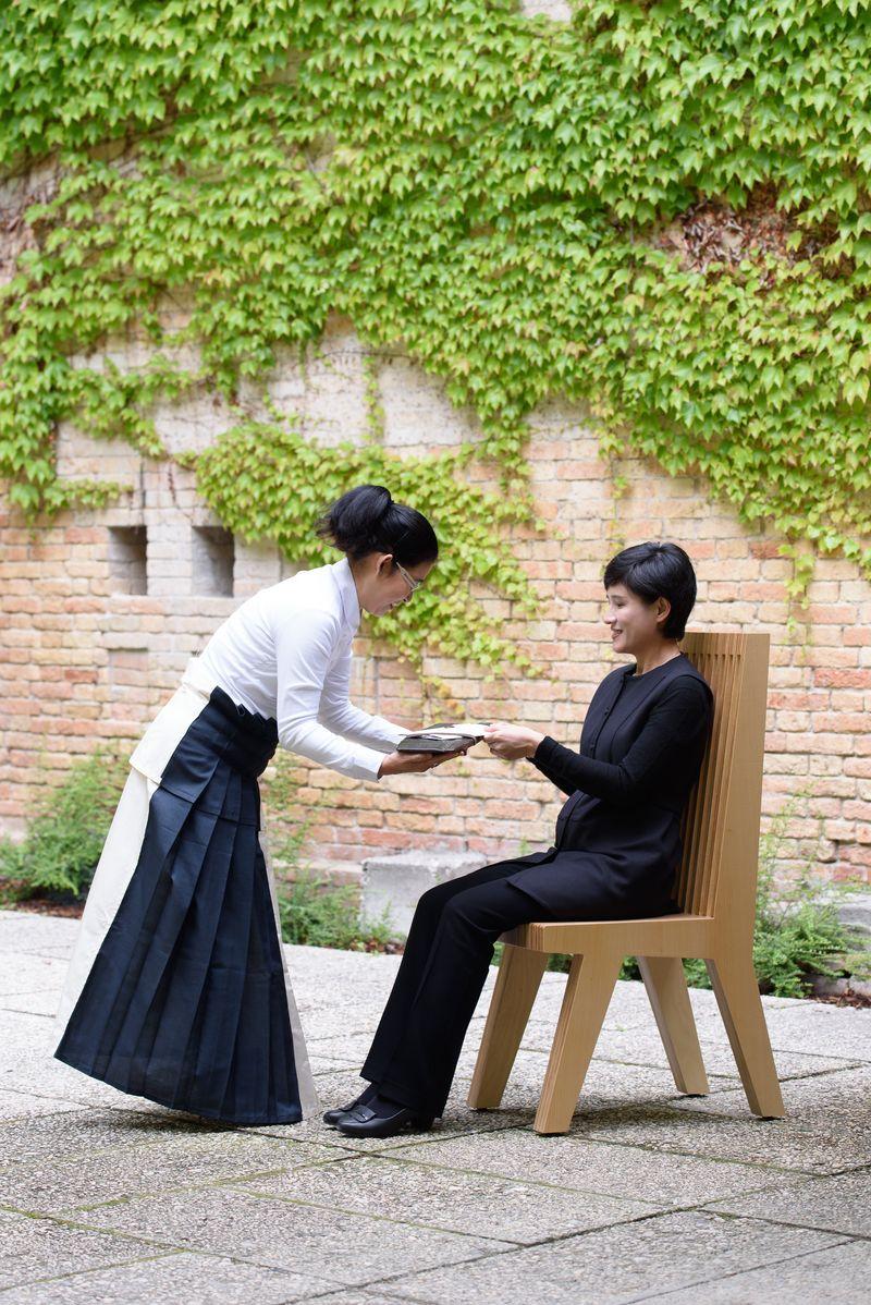 lee_mingwei_When Beauty Visits_lee_mingwei-48712_98439