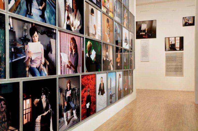 "View of the exhibition ""Talking to strangers"", Whitechapel, London, 2009"