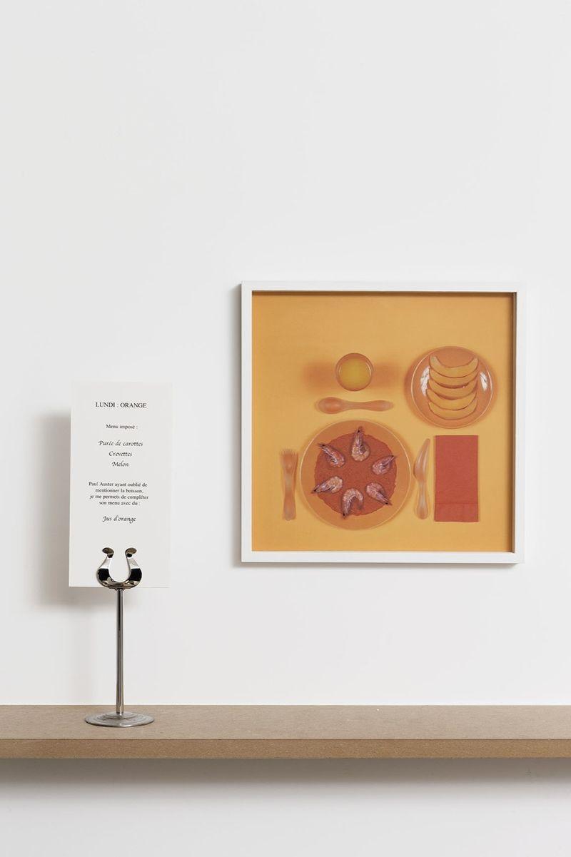 Lundi : orangeMenu imposé : Purée de carottes, Crevettes, Melon.Paul Auster ayant oublié de mentionner la boisson je me permets de compléter son menu avec du jus d'orange
