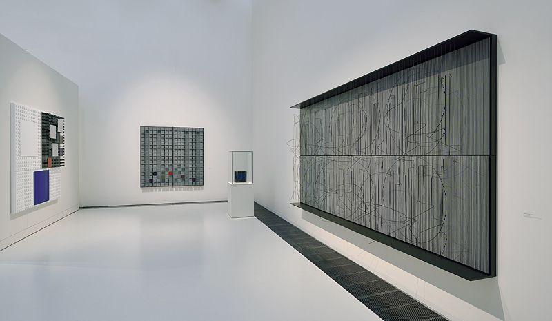 """Jesus_Rafael_Soto_View of the exhibition """"Jesús Rafael Soto. Une rétrospective"""" curated by Matthieu Poirier  at Musée Soulages Rodez (France), 2015_10888_1"""