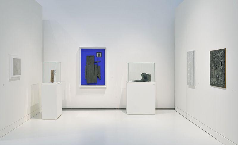 """Jesus_Rafael_Soto_View of the exhibition """"Jesús Rafael Soto. Une rétrospective"""" curated by Matthieu Poirier  at Musée Soulages Rodez (France), 2015_10889_1"""