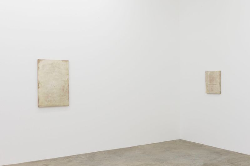 John_Henderson_View of the exhibition  at Perrotin (France), 2016_10958_1