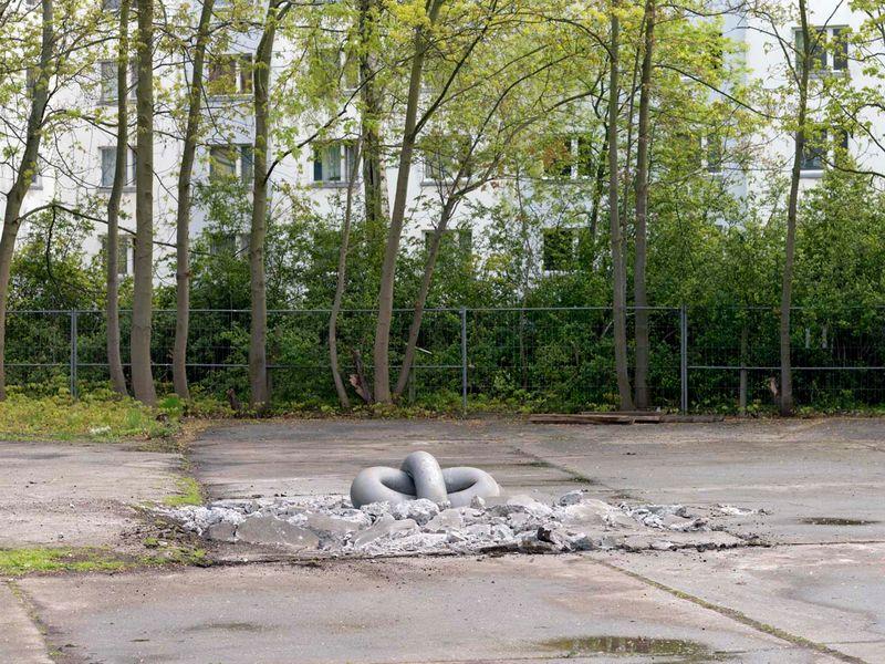 """View """"Silver Cloud Performance"""", Michael Sailstorfer's studio,  Berlin, 2016   """"Silver cloud"""", 2016 / Casted steel cloud sculpture, crane / 135 x 115 x 100 cm; 53 1/8 x 45 1/4 x 39 3/8 / Dimensions variable"""