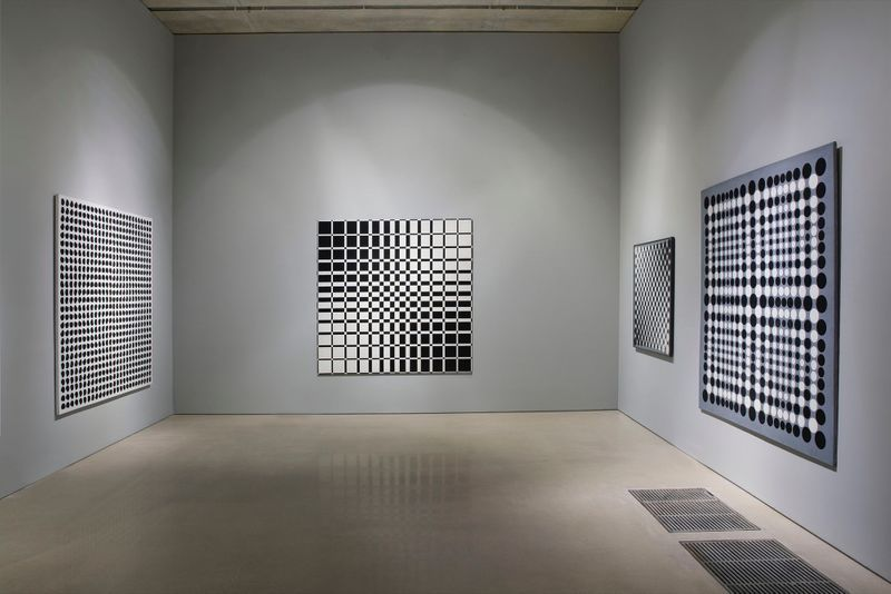 "Julio_Le_Parc_View of the exhibition ""Julio Le Parc : Form into Action"" curated by Estrellita B. Brodksy  at Pérez Art Museum  Miami (USA), 2016_12523_1"