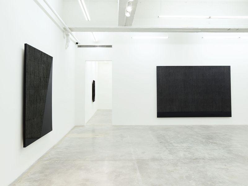 """Seo-Bo_Park_View of the exhibition """"Park Seo-Bo"""" at Tina Kim Gallery New York (USA), 2016_12545_1"""