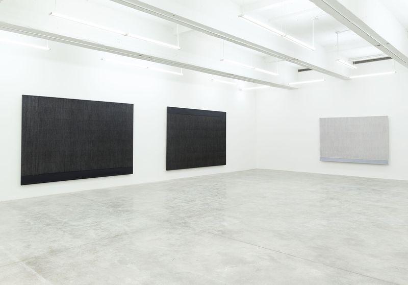 """Seo-Bo_Park_View of the exhibition """"Park Seo-Bo"""" at Tina Kim Gallery New York (USA), 2016_12546_1"""