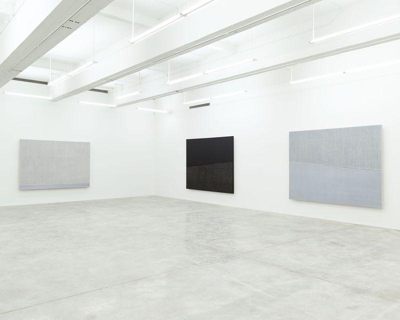 """Seo-Bo_Park_View of the exhibition """"Park Seo-Bo"""" at Tina Kim Gallery New York (USA), 2016_12549_1"""