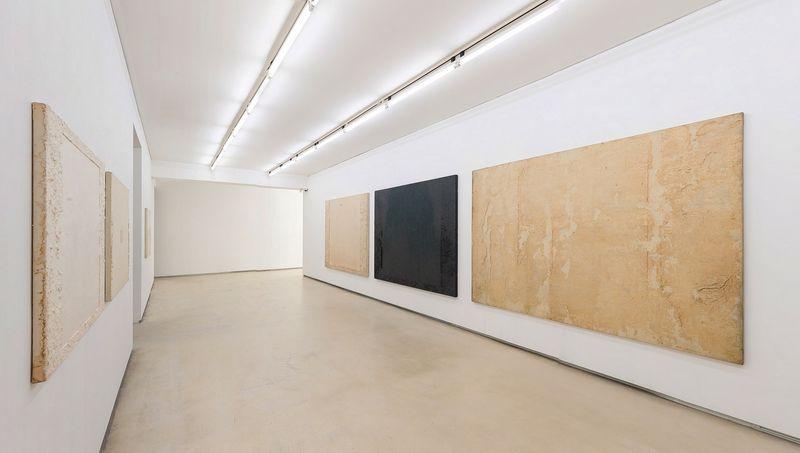 "Chang-Sup_Chung_View of the exhibition ""Chung Chang-Sup ""Meditation"" curated by Yongdae Kim  at Johyun Gallery Busan (South Korea), 2015_12605_1"