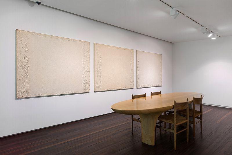 "Chang-Sup_Chung_View of the exhibition ""Chung Chang-Sup ""Meditation"" curated by Yongdae Kim  at Johyun Gallery Busan (South Korea), 2015_12608_1"