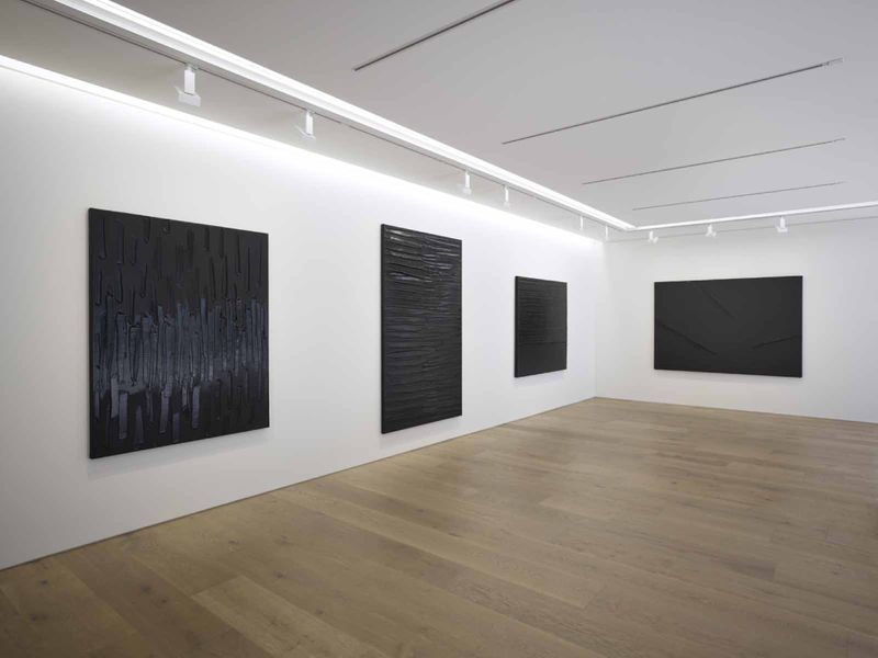 Pierre_Soulages_View of the exhibition  at Piramide Building, 6-6-9 Roppongi, Minato-Ku  Tokyo (Japan), 2017_13228_1