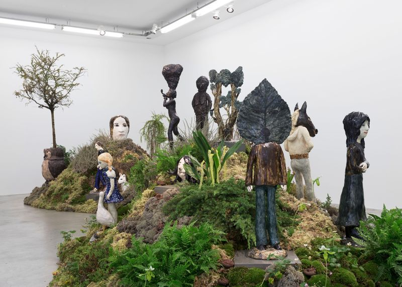 "Klara_Kristalova_View of the exhibition ""Camouflage"" at Perrotin Paris (France), 2017_14285"