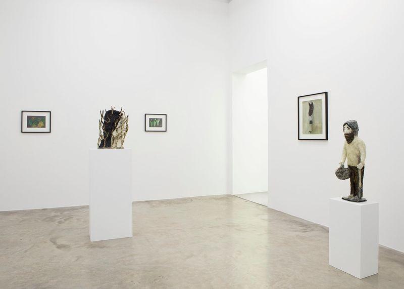"Klara_Kristalova_View of the exhibition ""Camouflage"" at Perrotin Paris (France), 2017_14298"