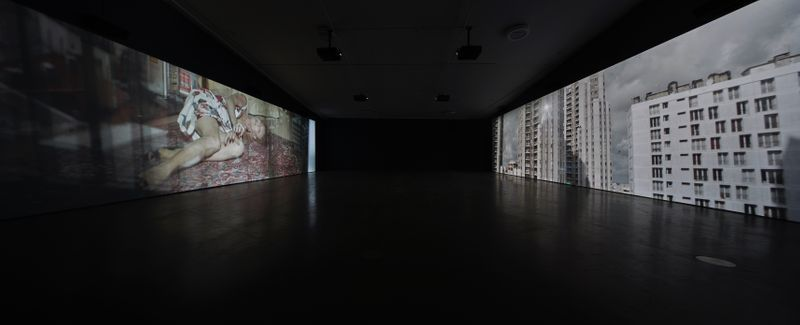 "Jesper_Just_View of the exhibition ""Jesper Just"" at EYE Filmmuseum Amsterdam (Pays-Bas), 2017_14907"