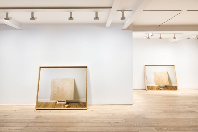 Leslie_Hewitt_View of the exhibition  at SEOUL GALLERY Seoul (South Korea), 2018_14995