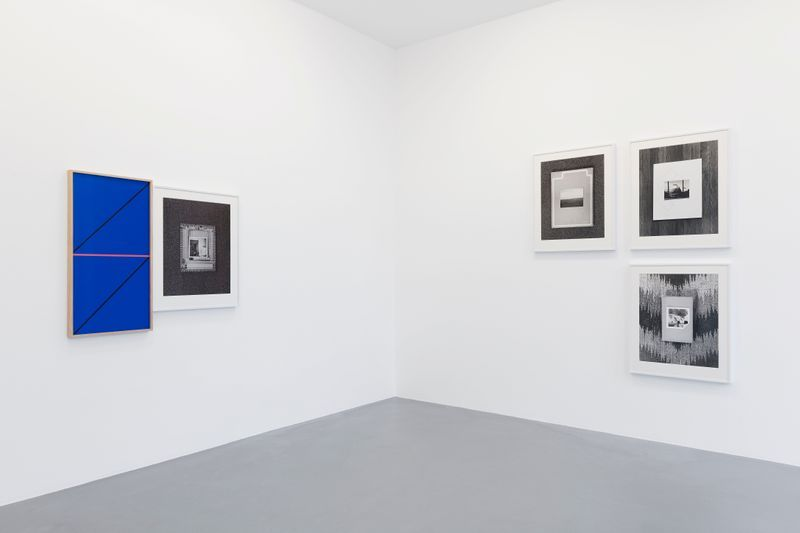 Leslie_Hewitt_View of the exhibition  at GALERIE PERROTIN  Paris (France), 2018_15810