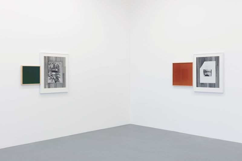 Leslie_Hewitt_View of the exhibition  at GALERIE PERROTIN  Paris (France), 2018_15812