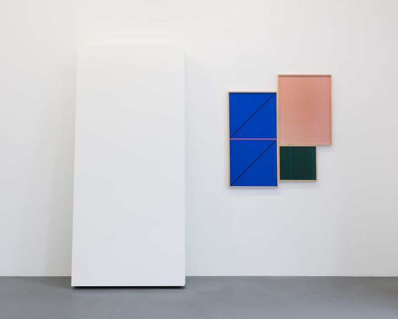 Leslie_Hewitt_View of the exhibition  at GALERIE PERROTIN  Paris (France), 2018_15814