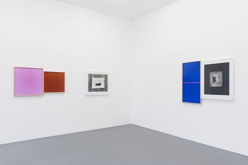 Leslie_Hewitt_View of the exhibition  at GALERIE PERROTIN  Paris (France), 2018_15855