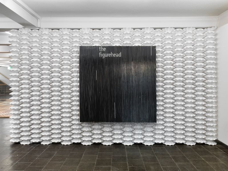 "Gregor_Hildebrandt_View of the exhibition ""Tönend hallt die Jugend"" at KUNSTHALLE RECKLINGHAUSEN Recklinghausen, 2018_16183"