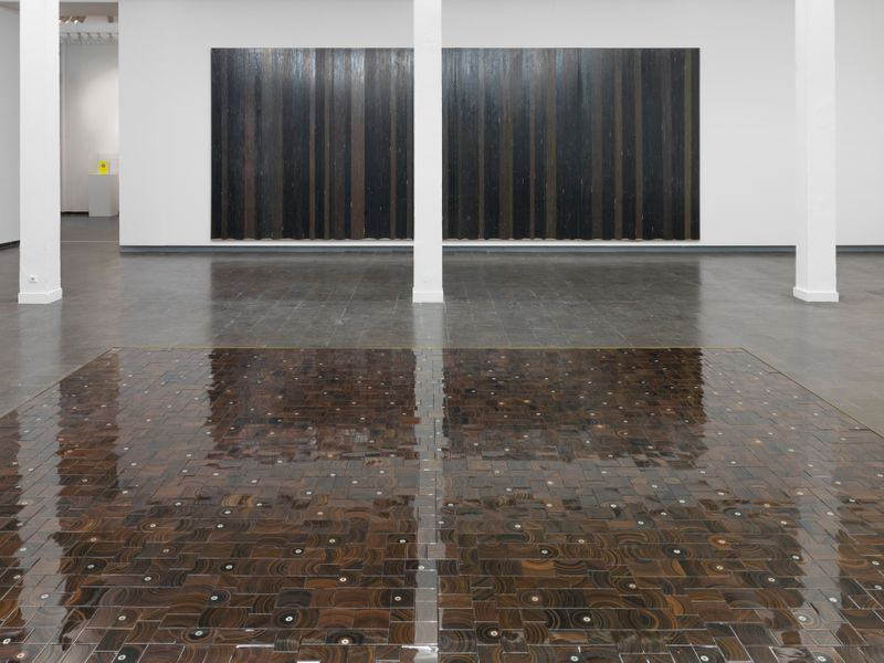 "Gregor_Hildebrandt_View of the exhibition ""Tönend hallt die Jugend"" at KUNSTHALLE RECKLINGHAUSEN Recklinghausen, 2018_16193"