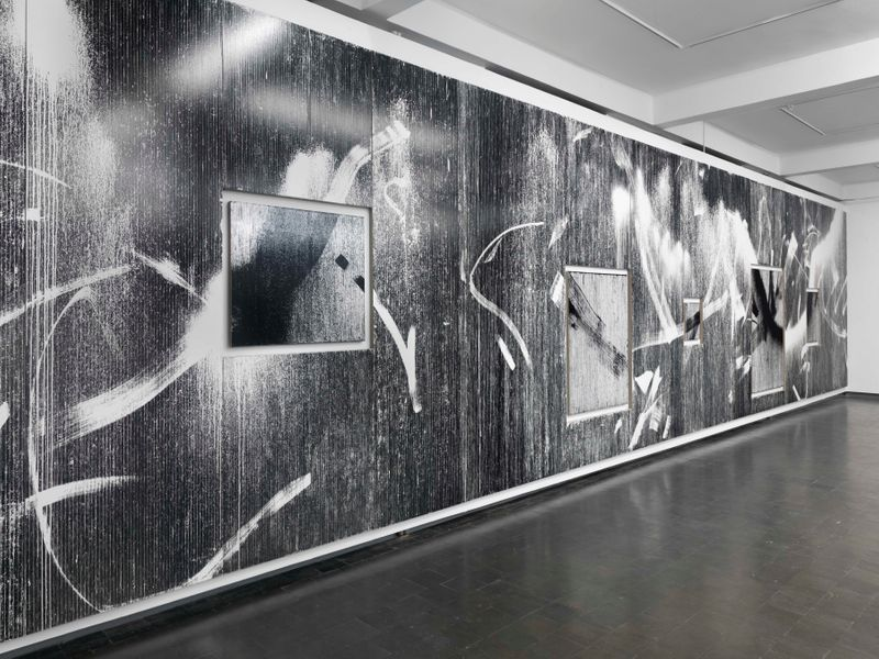 "Gregor_Hildebrandt_View of the exhibition ""Tönend hallt die Jugend"" at KUNSTHALLE RECKLINGHAUSEN Recklinghausen, 2018_16195"