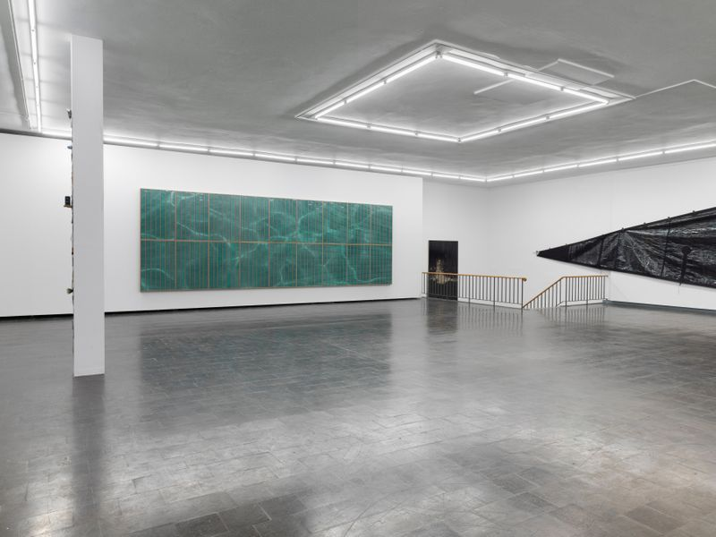 "Gregor_Hildebrandt_View of the exhibition ""Tönend hallt die Jugend"" at KUNSTHALLE RECKLINGHAUSEN Recklinghausen, 2018_16201"