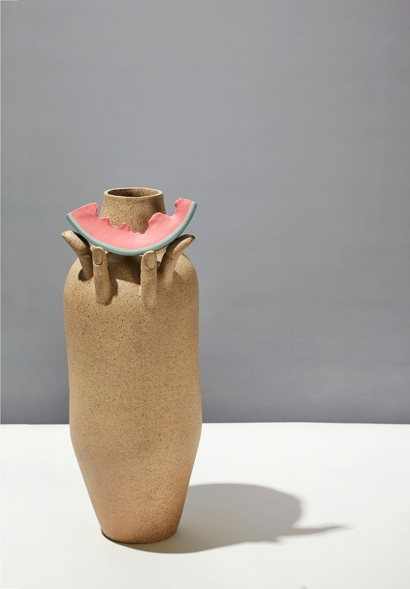 Show Me That Smile, 2018, stoneware, porcelain, h. 56 × L. 23 × l. 23 cm | h. 22 × l. 9 × w. 9 in, unique