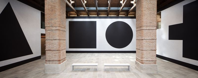 Wall Drawing #343 (L-R: C, A, B, G) at Punta della Dogana, Venice, 2016