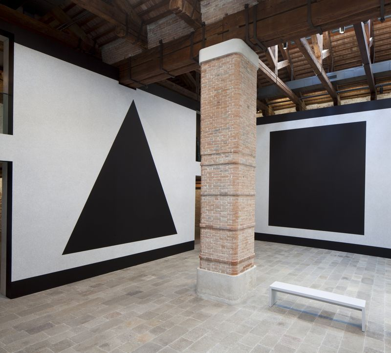 Wall Drawing #343 (Left: C, Right: A) at Punta della Dogana, Venice, 2016