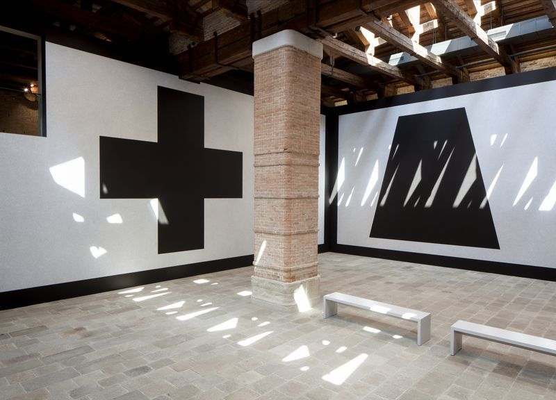 Wall Drawing #343 (Left: G, Right: E) at Punta della Dogana, Venice, 2016