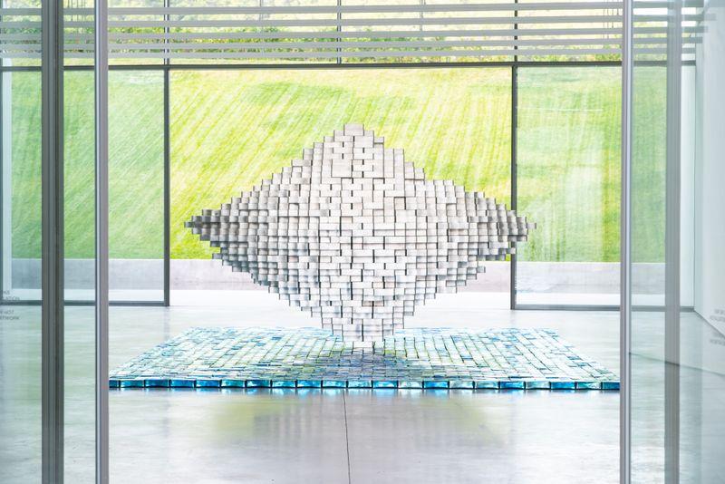 """Jean-Michel_Othoniel_View of the exhibition """"Îles Singulières"""" at chateau la coste Le Puy-Sainte-Réparade (France), 2019_20795"""