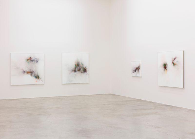 "Thilo_Heinzmann_View of the exhibition ""Voyage Visage Passage "" at Perrotin, Paris (France), 2019_21028"