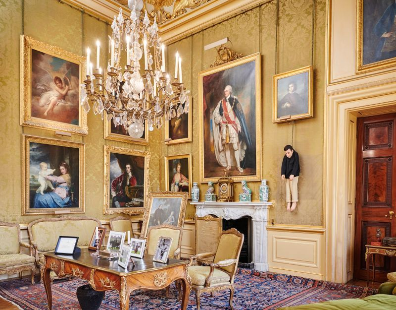 """Maurizio_Cattelan_View of the exhibition """"Victory is Not an Option"""" at Blenheim Palace  OXFORD (United Kingdom)_21103"""