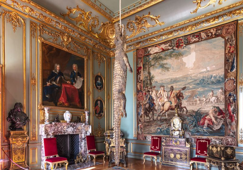 """Maurizio_Cattelan_View of the exhibition """"Victory is Not an Option"""" at Blenheim Palace  OXFORD (United Kingdom)_21149"""