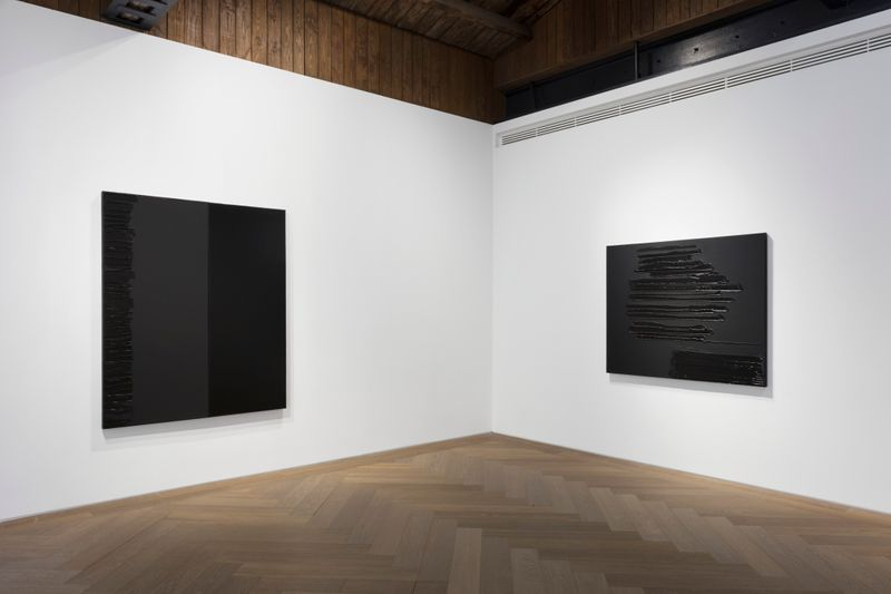 Pierre_Soulages_View of the exhibition  at Perrotin, Shanghai (Chine), 2019_21849