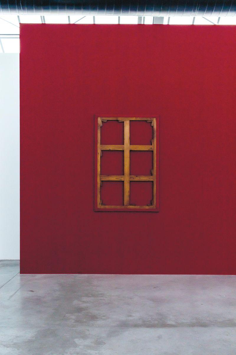 """Claude_Rutault_View of the exhibition """"monochrome 5 sur une grille de marelle"""" at Fondation CAB Bruxelles (Belgium), 2019_21892"""
