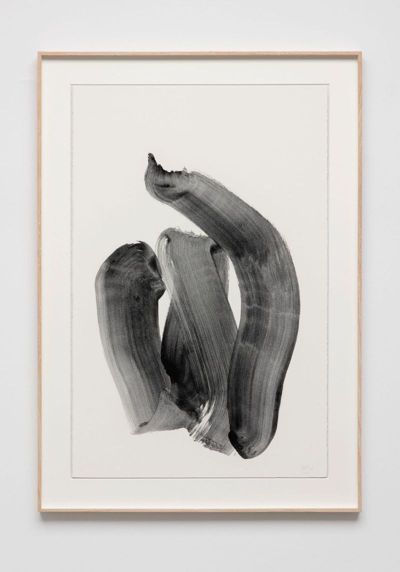 Lee Bae, Untitled, 2019. Charcoal ink on paper. Framed : 119.4 x 83.8 cm | 47 x 33 inch. Courtesy of the artist and Perrotin.