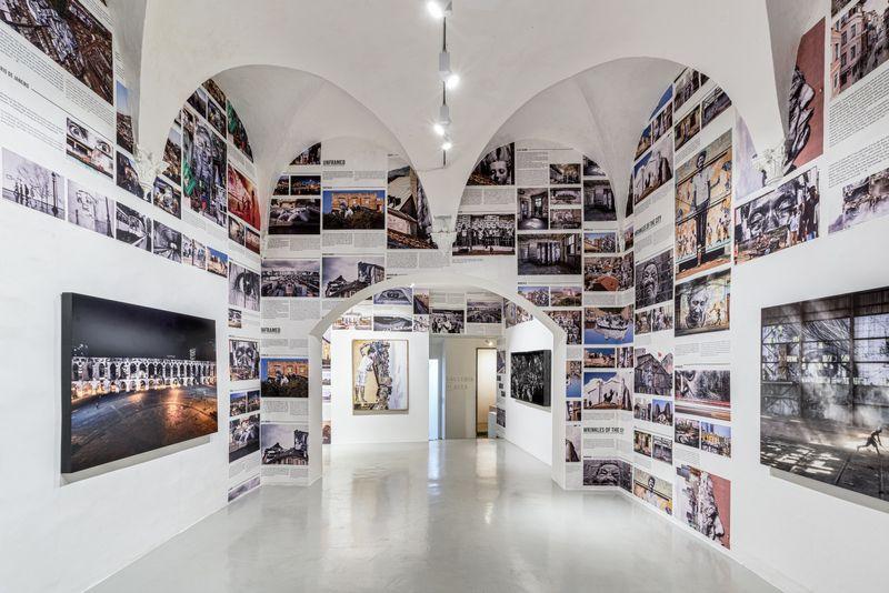 "Jr_View of the exhibition ""Omelia Contadina"" at Galleria Continua San Gimignano (Italy)_24972"