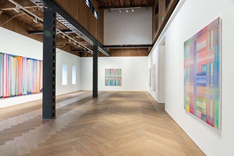 """Bernard_Frize_View of the exhibition """"The Other Side (from right-to-left or the Reverse)"""" at Perrotin, Shanghai (Chine), 2021_27142"""
