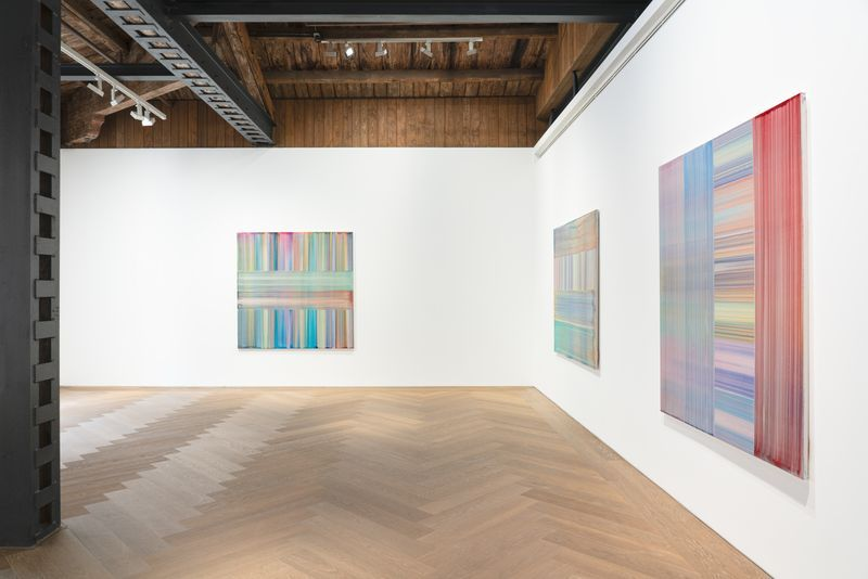 """Bernard_Frize_View of the exhibition """"The Other Side (from right-to-left or the Reverse)"""" at Perrotin, Shanghai (Chine), 2021_27143"""
