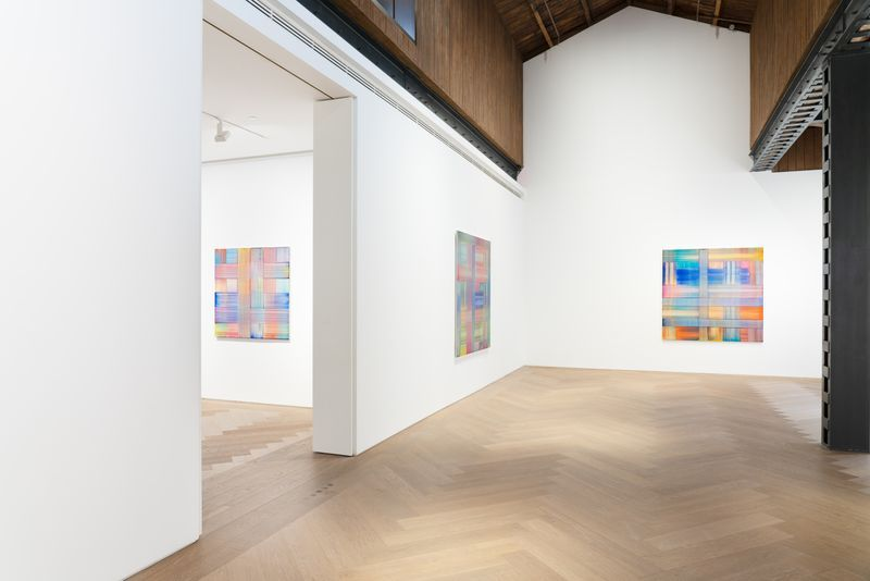 """Bernard_Frize_View of the exhibition """"The Other Side (from right-to-left or the Reverse)"""" at Perrotin, Shanghai (Chine), 2021_27144"""