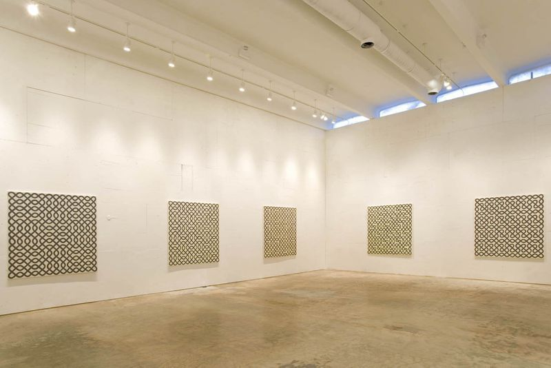 "Bernard_Frize_View of the exhibition ""Euler Tour, Pavistram, Sona ..."" at Perrotin Miami (USA), 2005_331_1"