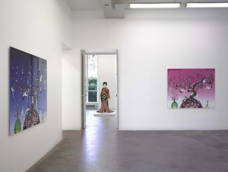 """Chiho_Aoshima_View of the exhibition """"The giant and the courtesans"""" at Perrotin (France), 2007_476_1"""